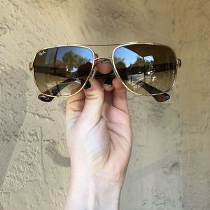 Aviator Ray Bans Sunglasses with Ray Ban Case